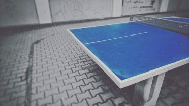 stein tischtennisplatte